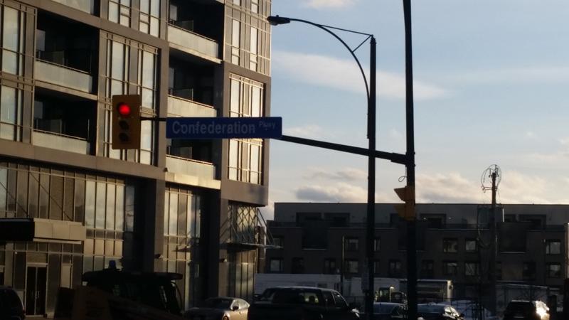 Daniels Condos - Confederation Parkway at City Centre Drive